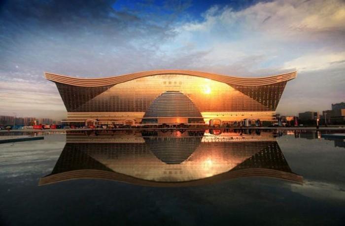 L'edificio più grande del mondo 4