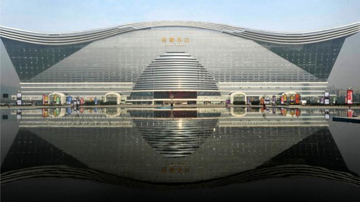 L'edificio più grande del mondo 2
